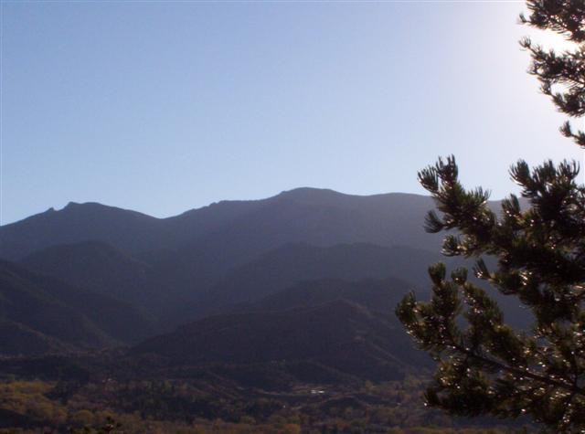 mountains surrounding Cripple Creek